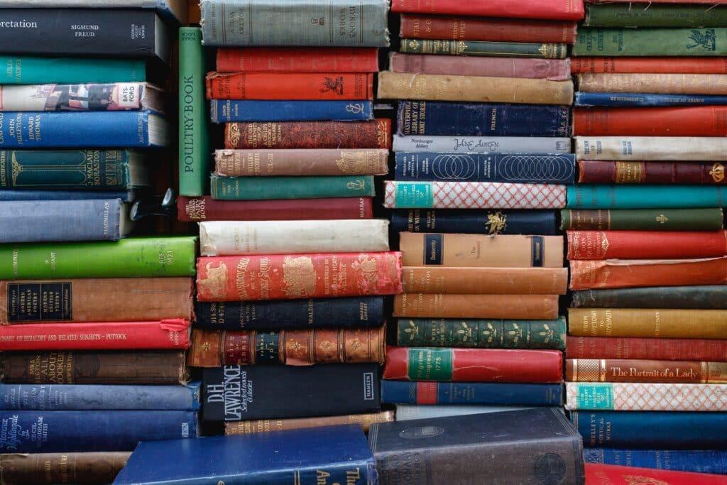 Knjige koje su jedne od 10 najčešće zaboravljenih stvari tokom selidbi