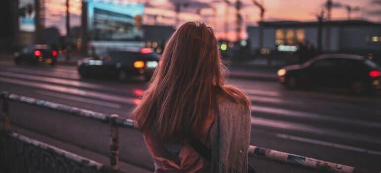 Devojka u novom gradu
