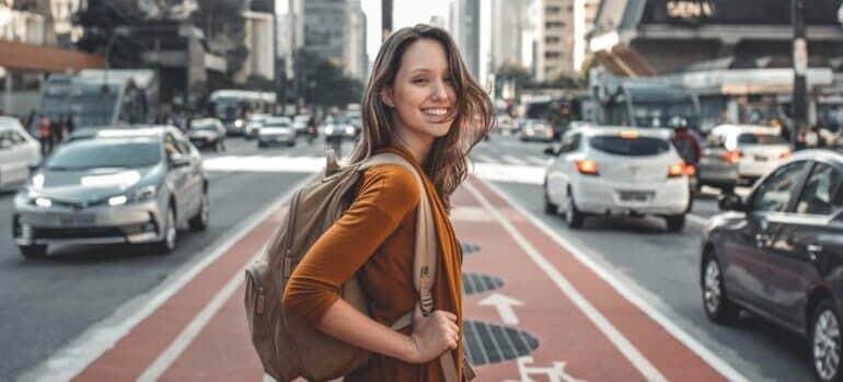 Žena u velikom gradu