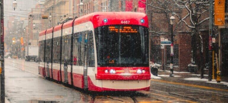 Tramvaj ponekad smeta u toku selidbe u centar Beograda