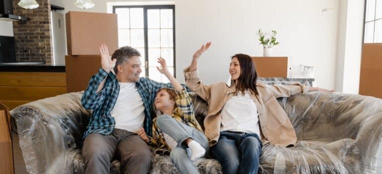 Srećna porodica nakon selidbe Srbija Nemačka