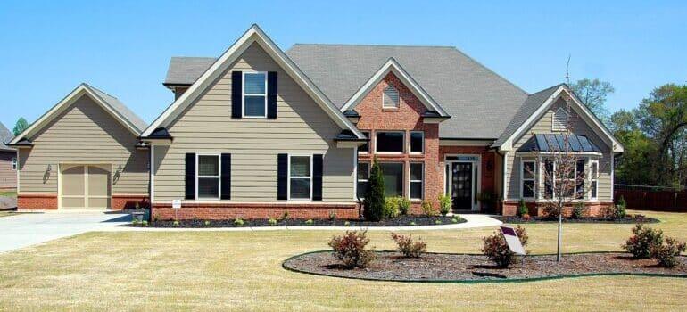 Kuća i dvorište