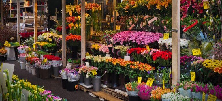 Tezge sa cvećem