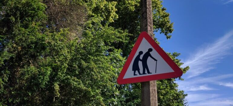 Znak stari ljudi