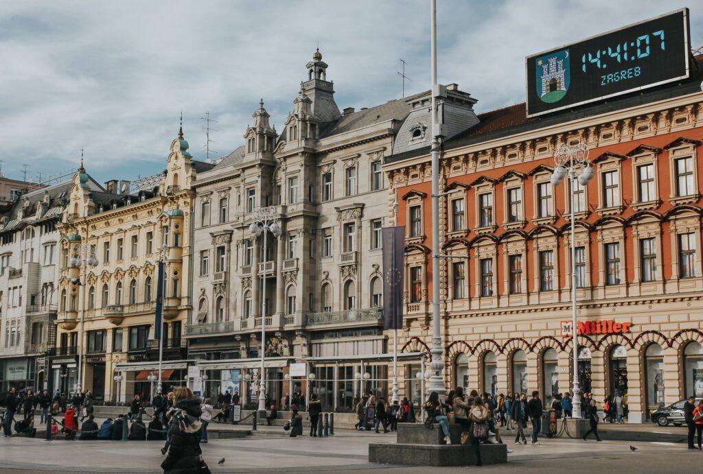 Centar Zagreba zbog čega se čini da je Selidba u Hrvatsku s porodicom dobra ideja